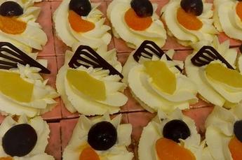 Oranjekoek - 20 stukjes (gesneden)